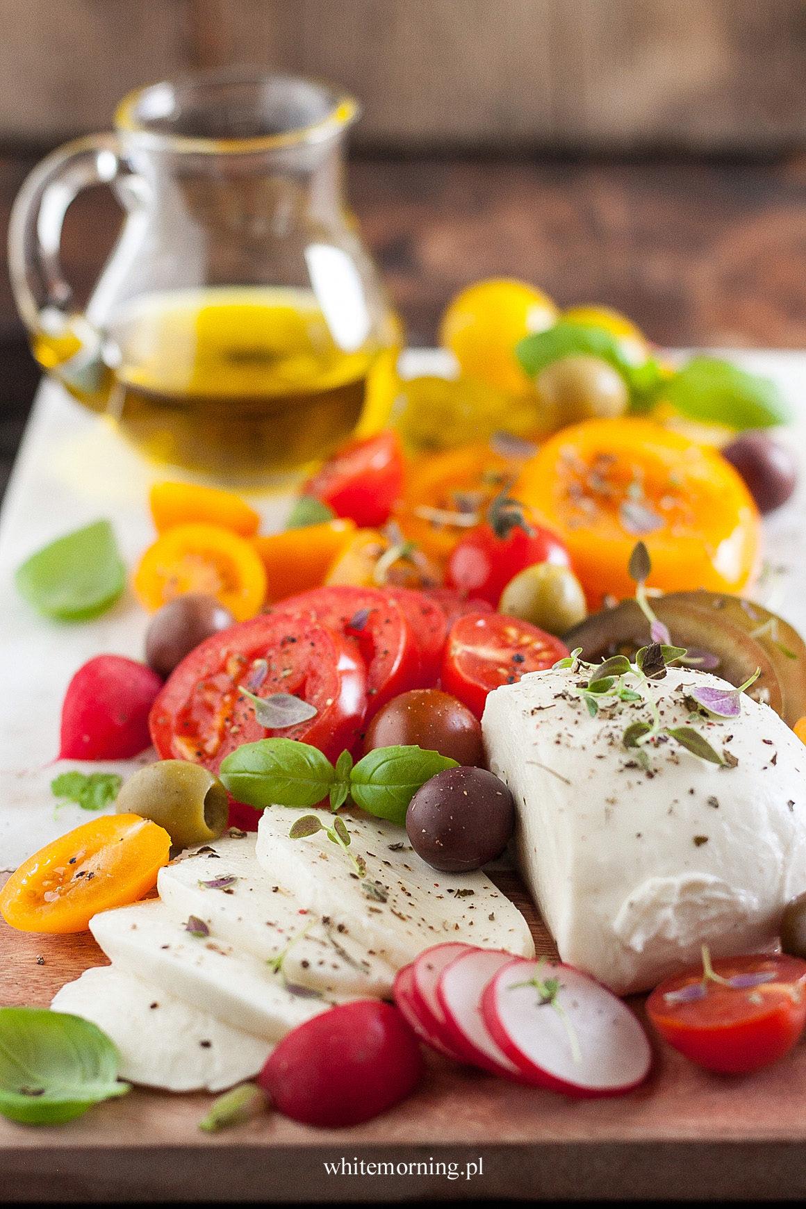 Pomidory-z-mozzarellą-1